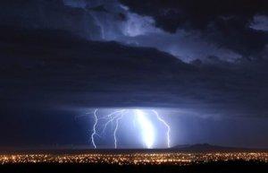 APTOPIX Lightning Weather